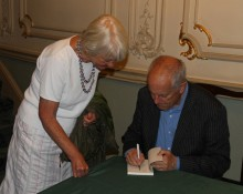 "Gyles Brandreth revealing ""The Seven Secrets of Happiness"" after his talk at the Buxton Festival 19 July 2014"