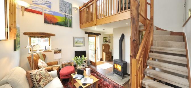 toms-barn-lounge