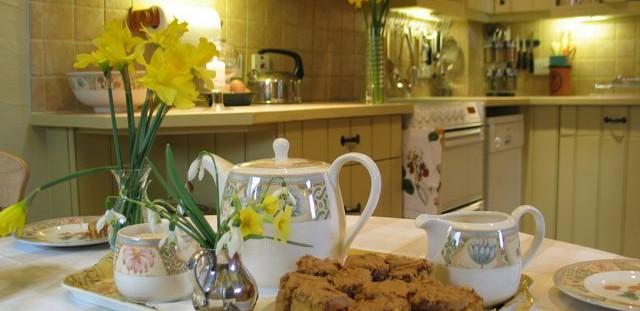 Homemade-cake-toms-barn